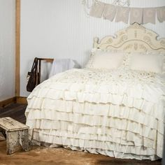 Our beautiful Amish-made bedding showcases the style you've come to know and love from Farmhouse Frocks--the perfect farmhouse style. The Ruffled Washed-Linen Bedspread, sewn by Rachel, features a raw-edge, waterfall ruffle with a soft ...