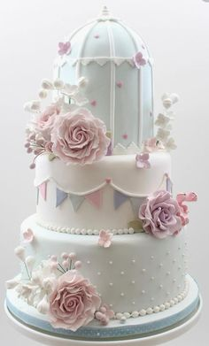 Certainly, everyone will need Elegant Cake design to decorate their Cake. If you would, you may check 3 Varieties Of Unique Wedding Cakes With Cute and Adorable Model Design to help you find out Elegant Cake based on your favorite. Birdcage Wedding Cake, Unique Wedding Cakes, Beautiful Wedding Cakes, Gorgeous Cakes, Pretty Cakes, Cute Cakes, Amazing Cakes, Pastel Wedding Cakes, Cake Wedding