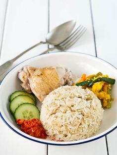Peaches and Donuts: Hainanese Chicken Rice