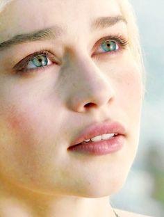 Beautiful Daenerys Targaryen. #DaenerysTargaryen #GameofThrones