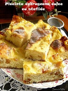 » Placinta cu branza si lamaieCulorile din Farfurie Romanian Desserts, Romanian Food, Food Cakes, Pavlova, Lorraine, Delicious Desserts, Cake Recipes, French Toast, Food And Drink