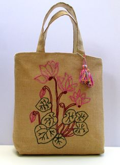 Embroidered jute tote bag with cyclamen flowers, handmade, one of a kind summer jute Tote Bag, Beach Bag, carry all, Casual Tote Bag,