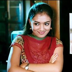 Beauty Pictures: Nazriya Nazim Kerala Bride, South Indian Bride, South Indian Actress Photo, Nazriya Nazim, Tamil Brides, Party Sarees, Girl Attitude, Malayalam Actress, Half Saree