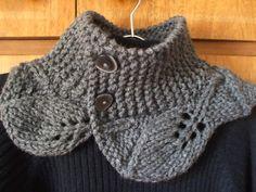 Esta receita é muito rápida de se tricotar e eu adorei o resultado. Me inspirei no lindo trabalho da Edna . Ela gentilmente traduziu a recei...