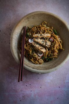 sesame sprout and kale noodles with crispy sesame tofu - twigg studios