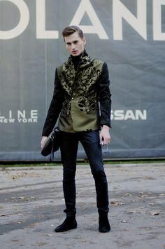 Mateusz, 27 - ŁÓDŹ LOOKS www.facebook.com/lodzlooks #fashionweekpoland #fashionphilosophy #lodz #lodzlooks #fashionweek