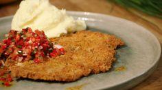 http://www.een.be/programmas/dagelijkse-kost/recepten/gepaneerde-kipfilet-met-paprikasalsa-en-olijfoliepuree?