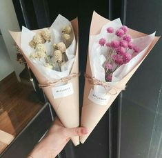ice cream cones vanilla and strawberry easy How To Wrap Flowers, How To Preserve Flowers, Fake Flowers, Diy Flowers, Pretty Flowers, Fresh Flowers, Flower Decorations, Bouquet Wrap, Dried Flower Bouquet