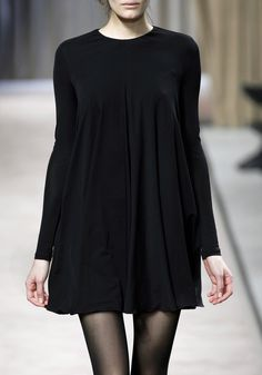 I really want this dress. Giambattista Valli f/w 2010