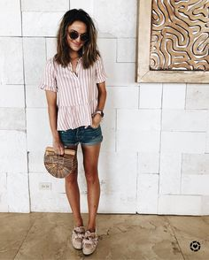 """29d2425391c81 lauren kay on Instagram  """"heading to lunch in the cutest striped peplum top!  💗 also adorable with white skinnies for a dressier look 🙌🏻"""