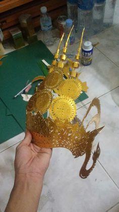 Khmer art .paper art cut . Setec institute. Make by phet cha. JA ម្កុដខ្មែរធ្វើដោយក្រដាស់ម៉ាកែតពណ៍មាស ធ្វើដោយ ភេទ ចា ។សូមជួយគាំទ្រ