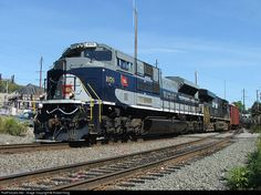 RailPictures.Net Photo: NS 1070 Norfolk Southern EMD SD70ACe at Philadelphia, Pennsylvania by Robert King