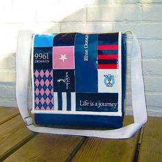 Handgemaakte schoudertas Journey door Mannekijn.nl.