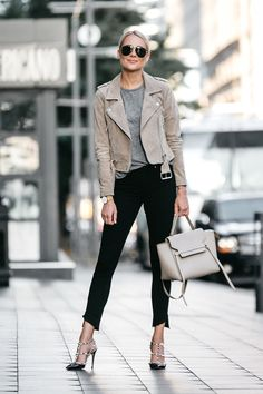 Blonde Woman Wearing Blanknyc Tan Suede Moto Jacket Grey Tshirt Black Skinny Jeans Outfit Valentino Rockstud Pumps Celine Belt Bag Fashion Jackson Dallas Blogger Fashion Blogger Street Style