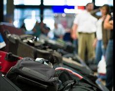 Koffer zu und ab in die Türkei: Immer mehr junge Leute wagen das Abenteuer. (Foto: Robert S. Donovan/flickr)