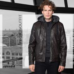 Splendid fashion ανδρική δερματίνη Splendid ανδρική δερματίνη με όρθιο γιακά και αποσπώμενη κουκούλα -Κλείσιμο με φερμουάρ -Χρώματα : Μαύρο, Σκ Καφέ -Σύνθεση : 100% PU -Φόδρα : 100% Πολυεστέρας -Συλλογή : Φθινόπωρο - Χειμώνας Leather Jacket, Social Media, Posts, Jackets, Collection, Fashion, Studded Leather Jacket, Down Jackets, Moda