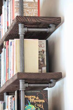 Casual bookshelf design ideas to decorate your room 01 00002 ~ Home Decoration Inspiration Pipe Bookshelf, Bookshelf Design, Bookshelf Ideas, Bookshelf Plans, Shelves For Books, Shelving Ideas, Room Divider Diy, Diy Regal, Diy Hanging Shelves