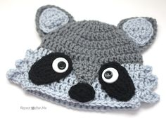 Crochet Raccoon Hat - Repeat Crafter Me, free pattern Crochet Animal Hats, Easy Crochet Hat, Bonnet Crochet, Crochet Kids Hats, Crochet Amigurumi, Crochet Fox, Crochet Beanie, Cute Crochet, Crochet Crafts