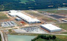 Nueva fábrica de Continental en Rusia. Ya está en funcionamiento la nueva fábrica de Continental en Kaluga (Rusia). La planta, la más moderna de la marca en la actualidad, producirá cuatro millones de neumáticos al año y ha supuesto una inversión de 240 millones de euros.     C