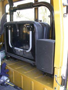 stereo speakers in a FJ40