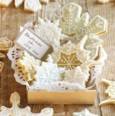 Snowflake Cookie Cutter Set in cookie and pastry cutters at Lakeland
