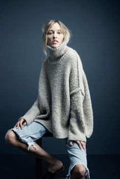 Parisienne: Supersize Turtleneck Sweaters