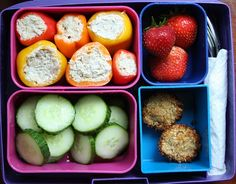 Paleo laptop lunch: Tuna Stuffed Mini Peppers Mini peppers stuffed with tuna salad (tutorial here) Strawberries Coconut macaroons, Sliced cucumber Primal Recipes, Real Food Recipes, Healthy Recipes, Diet Recipes, Lunch Recipes, Clean Eating, Healthy Eating, Healthy Lunches, Recipes