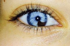 i find beauty in unique eyes Beautiful Eyes Color, Pretty Eyes, Cool Eyes, Beautiful Images, Photography Filters, Eye Photography, Heterochromia Eyes, Multi Colored Eyes, Eye Close Up
