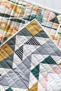 Modern Quilting Designs, Modern Quilt Patterns, Modern Baby Quilts, Quilt Modern, Owl Patterns, Beginner Quilt Patterns, Boy Quilts, Star Quilts, Quilt Sizes