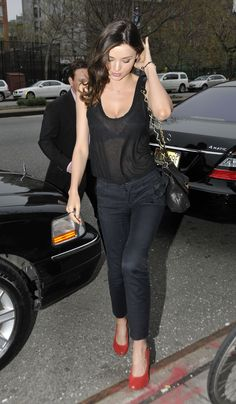 Pretty Miranda Kerr ...Succulent Honey...