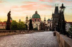 Charles Bridge, the famous historic bridge in Prague over the Vltava river. Located just 2km away from the #parkinn Prague! #addingcolourtolife Photo credits to IG @ c.kotitschke_photography