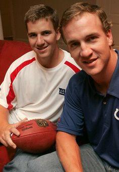 Hot pic of both Eli & Peyton.