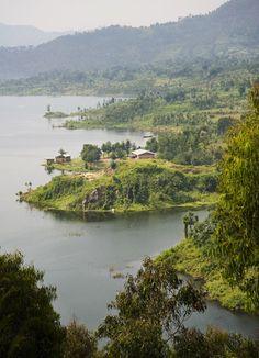 Beautiful Rwanda http://www.travelandtransitions.com/destinations/destination-advice/africa/