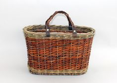willow tote with leather handles - Willow Baskets by Katherine Lewis Willow Weaving, Basket Weaving, Basket Willow, Weave Styles, Leather Handle, Fiber Art, Anniversary Gifts, Baskets, Underwater