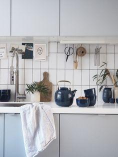 Time for tea: new indigo Hammershøi tableware from Kähler Design - nordic design - Japandi - Japanese and Scandinavian minimalism - slow moments - grey IKEA kitchen
