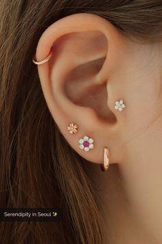 Best flower cartilage piercings in 14 carat gold - flower piercings for cartilage -, . - Best flower cartilage piercings in 14 carat gold – flower piercings for cartilage, tragus, shell - Tragus Piercings, Pretty Ear Piercings, Ear Peircings, Multiple Ear Piercings, Cartilage Earrings, Stud Earrings, Tragus Stud, Ear Gauges, Upper Ear Earrings