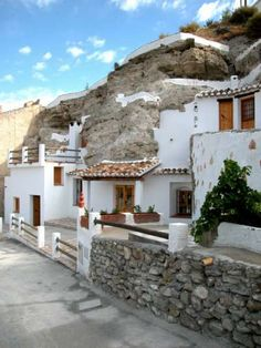 Spanish Cave Homes in Andalusia