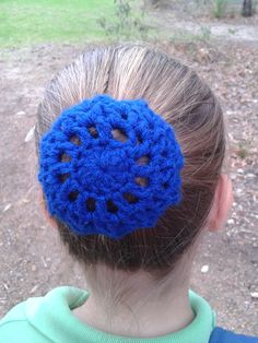 Hair Bun Cover. Free Pattern; http://www.mooglyblog.com/all-too-perfect-crocheted-bun-cover/