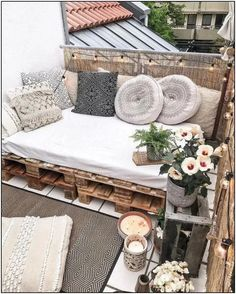 101 Most Inspiring Sunroom Decorating Ideas You Will Love - Once you have your sunroom completed, then the hard part of the job starts the decorating. You may have some sunroom decorating ideas in mind but once. Apartment Balcony Decorating, Apartment Balconies, Apartment Living, Apartment Hacks, Sunroom Decorating, Apartment Porch Decor, Decorate Apartment, Apartments Decorating, Condo Living