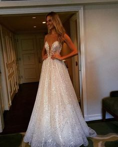 So much sparkle from @bertabridal!