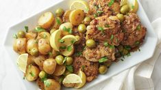 Slow-Cooker Lemon-Pepper Chicken with Green Olives and Potatoes Slow Cooker Huhn, Crock Pot Slow Cooker, Slow Cooker Chicken, Slow Cooker Recipes, Crockpot Recipes, Chicken Recipes, Cooking Recipes, Budget Recipes, Family Recipes