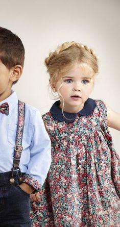Fashion kids dress hair new ideas Fashion Kids, Little Girl Fashion, Little Girl Dresses, Toddler Fashion, Trendy Fashion, Fashion Usa, Little Boy And Girl, Fall Fashion, Outfits Niños