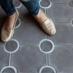 """ARTO Brick's Instagram profile post: """"Stepping into Friday Granada style  -🔘- We don't see installs of this tile often so when we do, it makes us take pause. HaPPy…"""" Brick Tiles, Brick Flooring, Flooring Ideas, Harbor House, Tile Installation, Wood Beams, Minimalist Decor, Tory Burch Flats, Inspired Homes"""
