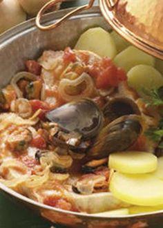 Espadarte na Cataplana Custo, Portuguese Recipes, Paella, Seafood, Food And Drink, Fish, Homemade, Chicken, Meat