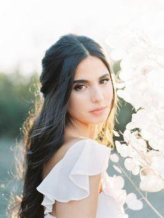 Amazing Wedding Makeup Tips – Makeup Design Ideas Bridal Makeup Looks, Natural Wedding Makeup, Bride Makeup, Wedding Hair And Makeup, Bridal Beauty, Wedding Beauty, Bridal Looks, Bridal Style, Hair Makeup