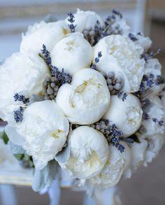 40 Ideen für eine Hochzeit mit Pfingstrosen - Hochzeitskiste My Flower, Flower Power, Fresh Flowers, Beautiful Flowers, Wedding Bouquets, Wedding Flowers, Luxury Flowers, Flower Aesthetic, Floral Arrangements
