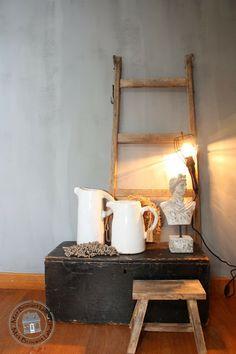 Creative Inspiration, Ladder Decor, Sweet Home, Decor Ideas, Ladders, Future House, Homestead, House Ideas, Autumn