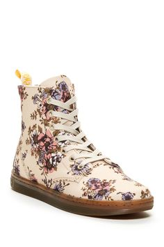 Hackney Floral Boot Dr. Martens