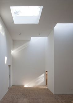T Space - Steven Holl Architects