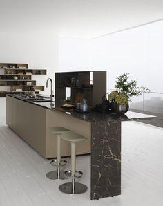 Oak kitchen with island Y Composition 03 by Zampieri Cucine design Pierangelo Sciuto Kitchen Fan, Kitchen Dining, Kitchen Island, Marble Furniture, Furniture Design, Composition, Minimal Kitchen, Island Design, Interior Design